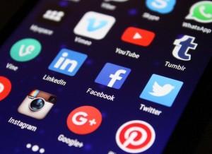 Les réseaux sociaux pour améliorer votre référencement